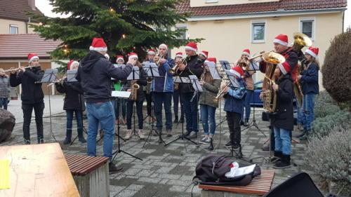 Christbaumaufstellen TSV am 01.12.2018 - 01