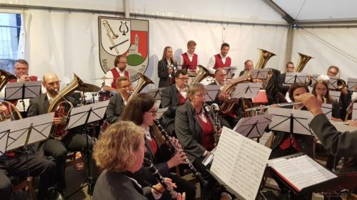 2019-09-08 Bissingen Kelterhocketse 02