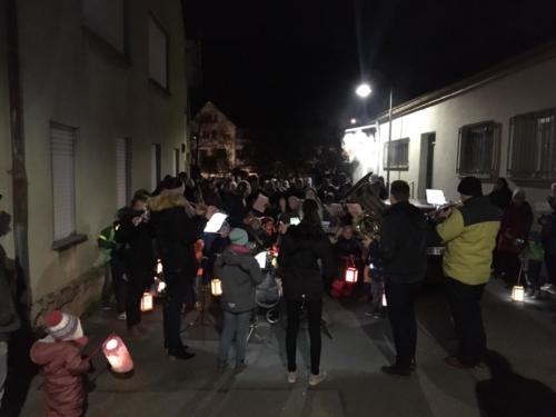 2019-11-15 JuKa Laterne laufen mit Kindi Bahnhof 14